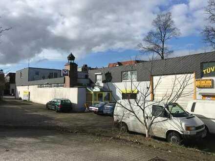 Gewerbeobjekt mit Laden, Hallen- und Wohnfläche