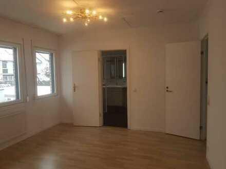 16m² Zimmer mit eigenem Bad 7m² in schöner DHH in Haimhausen - room with own bathroom
