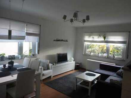 2-Zimmer-Hochparterre-Wohnung mit Balkon und EBK in Stuttgart- Nord