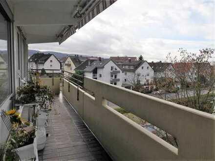 Freie 3,5-ETW im 3.OG mit Lift und Südwest-Balkon, Ettlingen Stadt