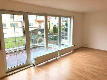 Wingertsberg: helle Maisonette mit 4 Zimmern, großem Balkon und 2 TG-Stellplätzen
