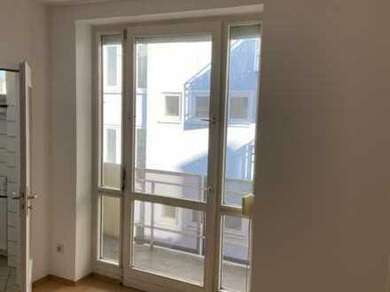 Helle 1- Zimmerwohnung mit Balkon