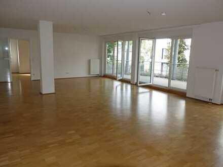 MA-Lindenhof-Schwarzwaldviertel: Großzügige 170m²/5-Zi-ETW in sehr gepflegtem 5-Parteien MFH Bj.2000