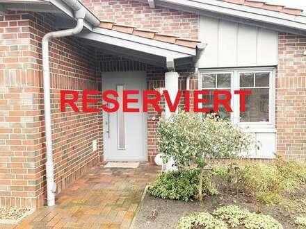 Exklusives ebenerdiges Einfamilienhaus mit Garten und Garage im Semperhof zum 01.05.2019!