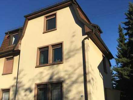 Schöne 2-Zimmer DG Altbauwohnung in Karlsruhe-Rüppurr
