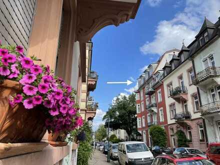 Luxus-Penthouse mit dem direkten Aufzug in die Wohnung in Freiburg-Wiehre