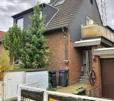 Schöne vier Zimmer Wohnung in Düsseldorf Eller mit Sauna und Wintergarten und Gartenhaus!
