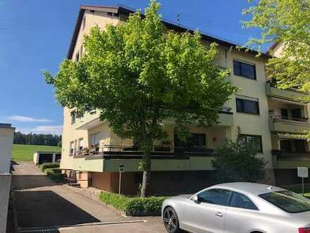 Großzügige 2- Zimmer Erdgeschoss Wohnung in ruhiger Lage im Kurort Schömberg