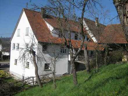 Bauernhaus mit Scheune und großzügigem Garten, im Ostalbkreis, Schwäbisch Gmünd