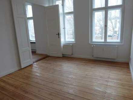 Traumhafte 2-Zimmer-Wohnung mit Balkon und Fahrstuhl in zentraler Lage