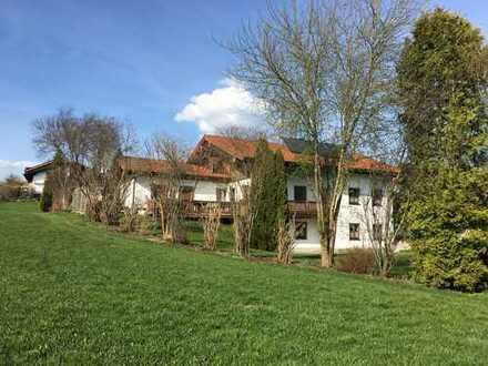 Landhaus auf dem Dorf am Bach