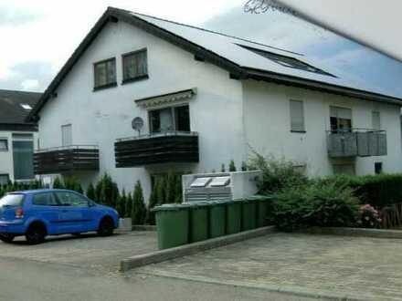 Schöne 2-Zimmer-Wohnung im DG mit Einbauküche in Nagold