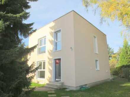 Energiesparwürfel in Kladow - Freistehendes Einfamilienhaus zur Vermietung