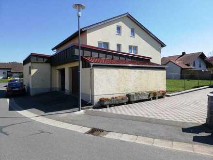 Erschwingliche und gepflegte 2-Zimmer-Wohnung in Stamsried
