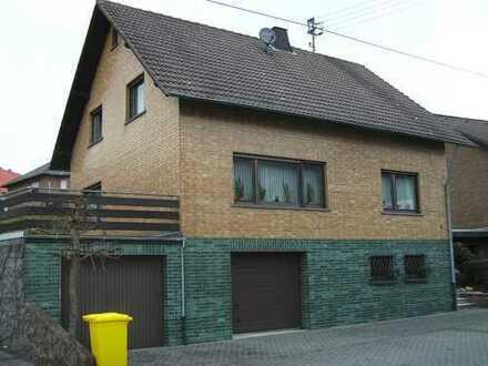 Schönes Haus mit acht Zimmern in Spessart (Kreis Ahrweiler) zu vermieten