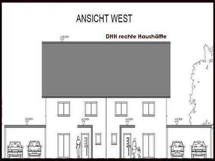 Großzügige DHH -rechts, zentral gelegen mit Keller KfW 55 standard, Baugenehmigung erteilt !!