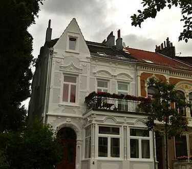 1.075 €, ca.93 m², 4 Zimmer KB, 2 große Balkone, in Bestlage Schwachhausen/Bürgerpark