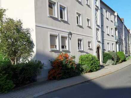 Preiswerte, gepflegte 3-Zimmer-EG-Wohnung mit sonniger Terrasse und EBK in Zittau
