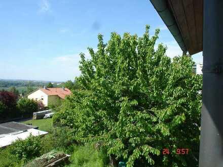 Top Aussichtslage 4 Zi.-Wohnung mit Balkon!!