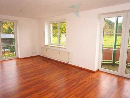 Platz für die ganze Familie, 5-Raum-Wohnung mit 2 Balkonen und Aufzug !!