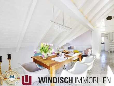 Provisionsfrei! DG-Wohnung für gehobene Ansprüche mit 5 Zimmern, drei Bädern und ca. 170 qm Wfl.!