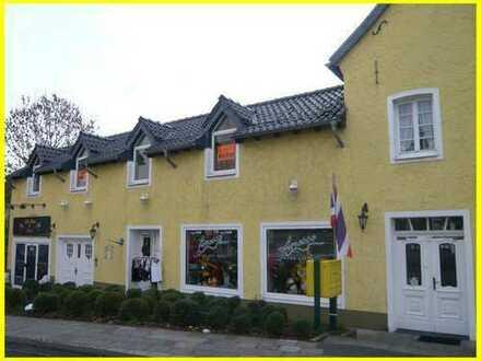 2 Zimmer Altbauwohnung mit Dachterrasse in Kerpen-City