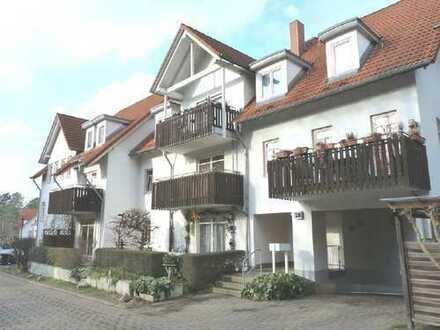Schöne Dachgeschosswohnung in begehrter Wohnlage
