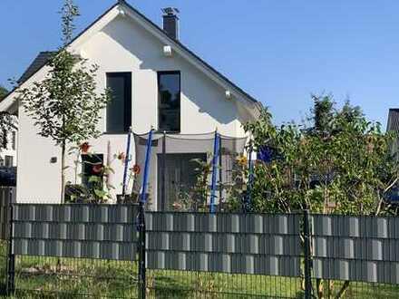 Neuwertiges Traumhaus in Groß Glienicke