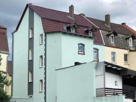 2015 kernsaniertes Mehrfamilienhaus!