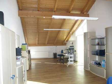 Büro- oder Praxisräume in guter werbewirksamer Lage am Ortseingang von Buchenberg