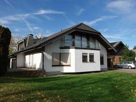 Repräsentatives Architektenhaus mit großem Garten in Linkenheim-Hochstetten