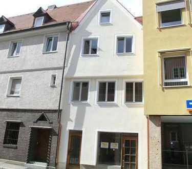 Kleines Wohn-/ und Geschäftshaus zentrumsnahe Lage in Memmingen zu vermieten!