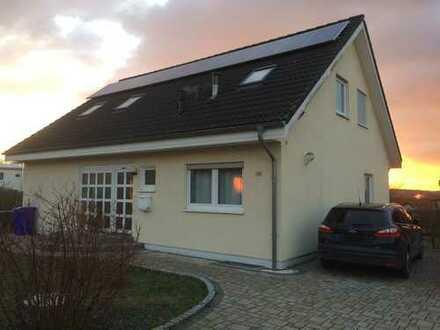 von Privat: Schönes, helles und geräumiges Haus mit fünf Zimmern direkt in Osterburken