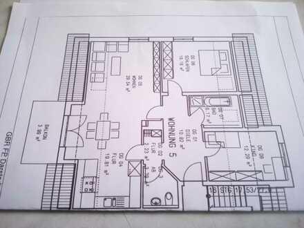 Preiswerte 3-Zimmer-Dachgeschosswohnung mit Balkon und EBK in Ochsenfurt