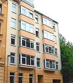 *reserviert* - Südbalkon - große Fensterfront - Aufzug - Gäste WC - helle 3 Räume
