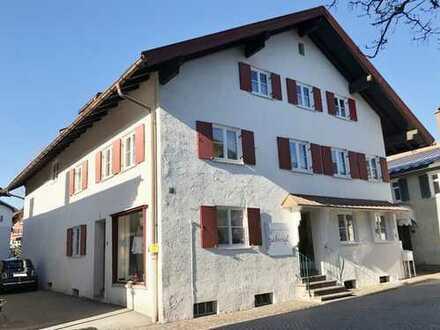 In 1A - Lage - Sonnig gelegenes Wohn - und Geschäftshaus mitten in Oberstaufen