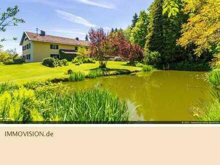 Bauernhaus mit 100.000qm Wald- und Wiesengrund