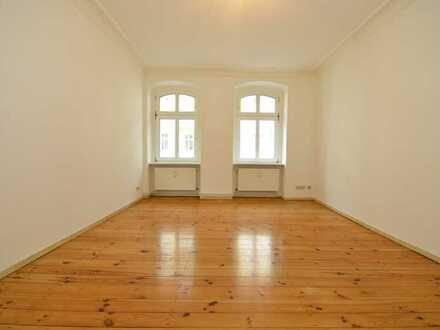 2-Zimmer +Badewanne, WG-geeignet, ab 01.04.2021, Spandau