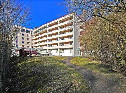 Ruhig gelegene Wohnung mit zwei Balkonen!