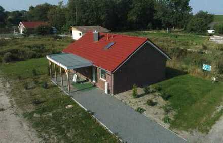 """Ferienhaus """"Waterkant"""" im Ferienpark Sehestedt inkl. Grundstück 200/15"""
