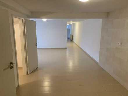 Schlne renovierte 3 Zimmer Wohnung ab sofort zu vermieten