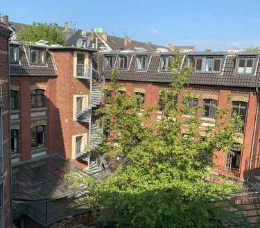 Zentrale 5-Zimmer Wohnung in Düsseldorf