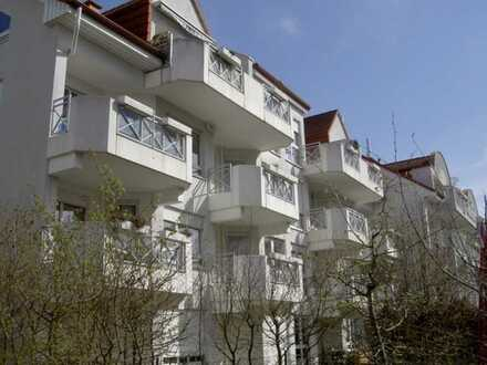 Perfekt geschnittene 2-Zi-Wohnung mit Balkon und TG-Stellplatz
