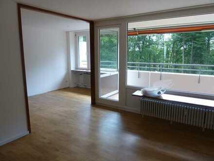 Helle drei Zimmer Wohnung in Stuttgart, Asemwald