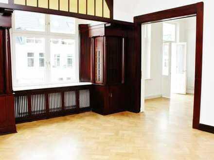 Erstbezug nach Sanierung: Großzügige Jugendstil-Wohnung in der List
