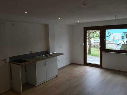 Erstbezug nach Sanierung mit Einbauküche: ansprechende 1-Zimmer-Erdgeschosswohnung in Kipfenberg