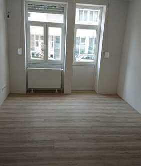 Perfekt für 4er WG: Schöne helle 136qm fünf Zimmer Maisonette-Wohnung in Karlsruhe, Durlach EG