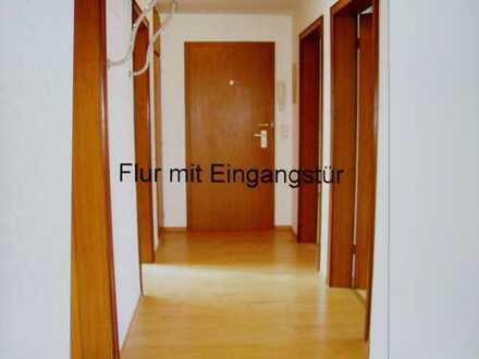 Gepflegte 3,5-Zimmer-DG-Wohnung mit Einbauküche in Dortmund - Innenstadt Süd