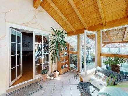Attraktive Wohnung auf 2 Ebenen - 2 Bädern + Wintergarten und Terrasse sucht neuen Eigentümer