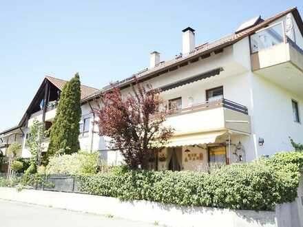 +++ NEU am Markt: Große 3 ZKB-Wohnung in ruhiger Lage mit 2 Balkonen und TG-Stellplatz im 1. OG +++